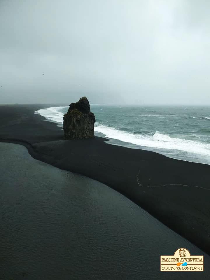 spiaggia-nera-di-Reynisfiara